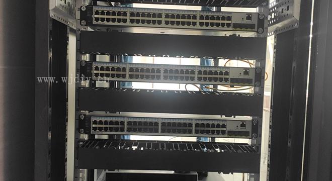 南山区桃园路办公室网络布线 交换机的作用与定义.jpg